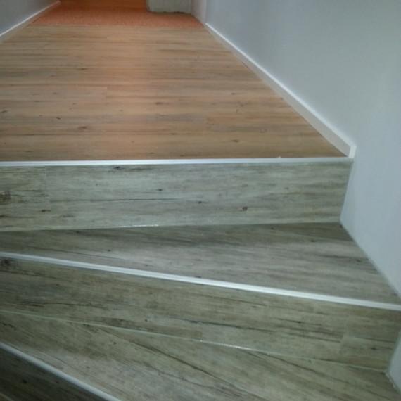 Vinylboden & Steinteppich