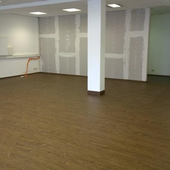 Vinylboden in Holzoptik für den Objektbereich
